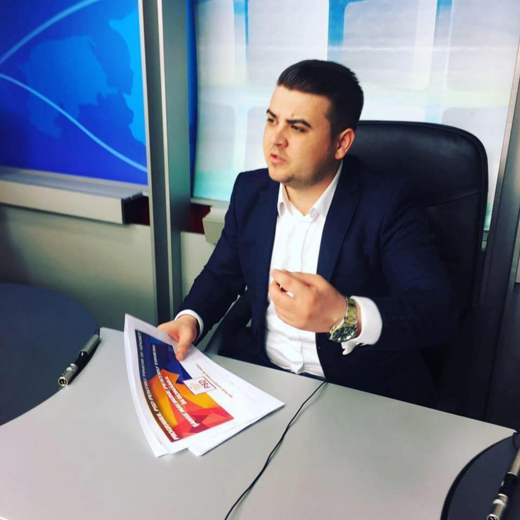 Tinerii din PSD Suceava solicita Guvernului sa respecte legea pentru dublarea alocatiilor copiilor