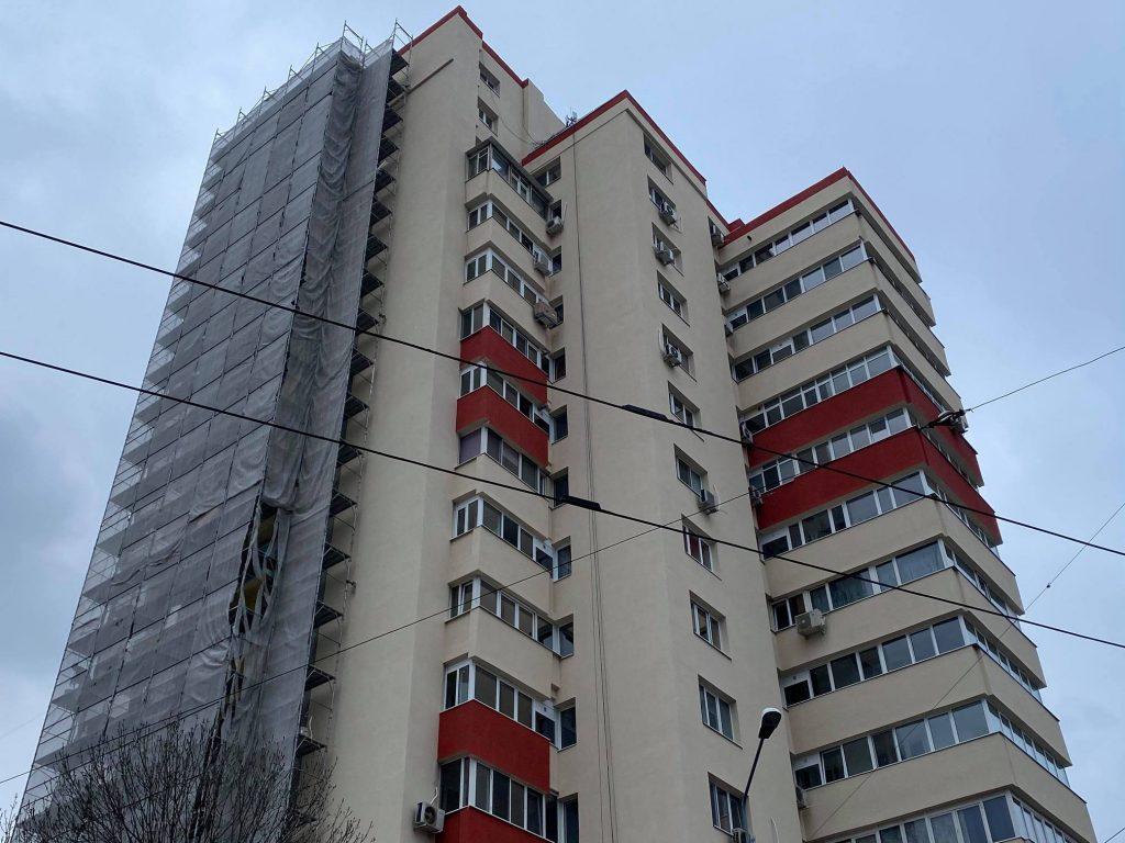 Atenție cei care stați la bloc în Capitală! Sute de imobile, afectate de avarie
