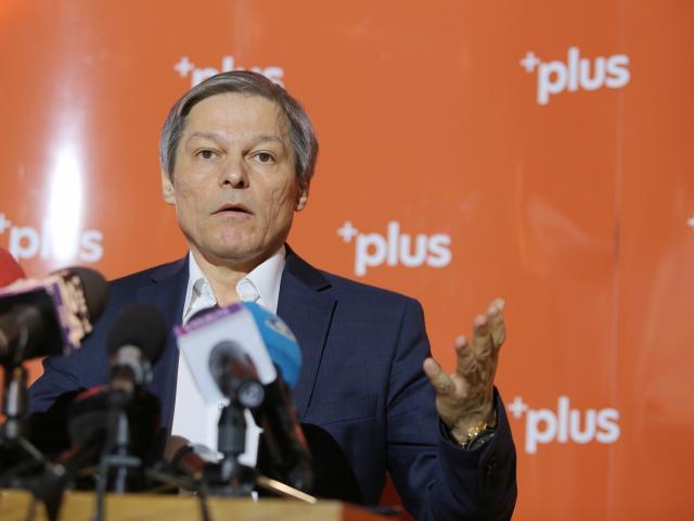 Cioloș, provocare pentru Orban și Ciolacu: Dacă au curaj, îi provoc la orice oră și în orice studio de televiziune să vorbim