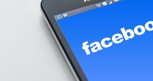 Facebook investeşte 10 milioane de dolari în lupta împotriva nedreptăţii rasiale