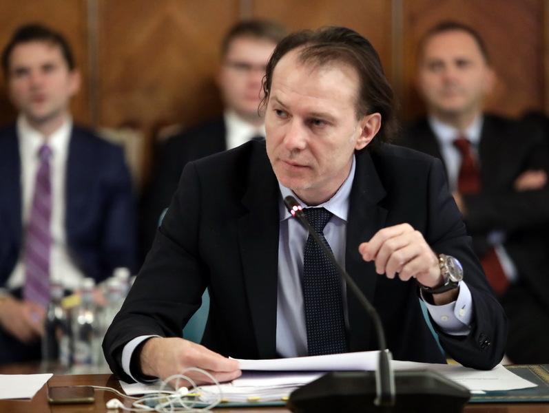 Florin Cîţu: România va evita recesiunea tehnică şi va avea o contracţie a economiei mai mică decât estimările agenţiilor de rating