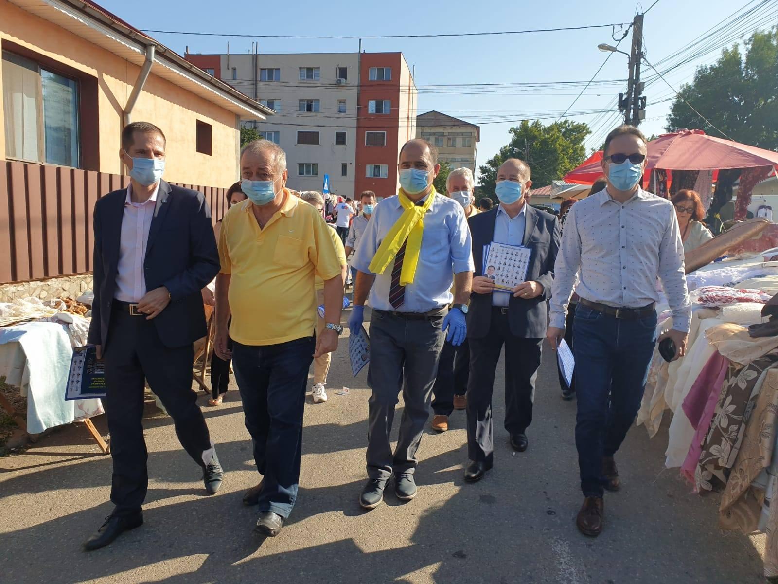 Țara e neguvernabilă: cei doi secretari de stat de la interne și-au luat vacanță și au plecat în campanie electorală