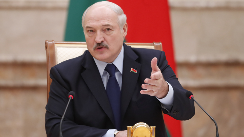 Lukașenko este ajutat cu un împrumut de 1,5 miliarde de dolari. Ce țară s-a oferit să-l împrumute