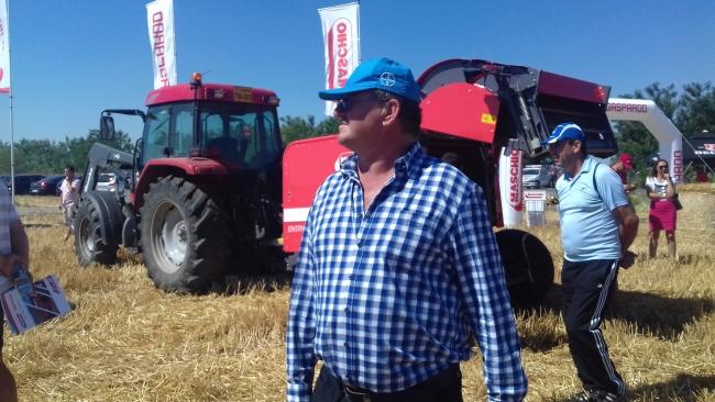 În ce condiții fermierul Ionel Stan din Timiș le va putea da tractoriștilor salarii de 1.000 de euro?