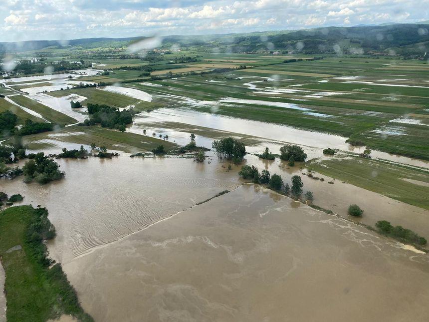 23 milioane de lei pentru Administraţia Apele Române, finanţare prin credite de angajament pentru lucrările de apărare împotriva inundaţiilor din Caransebeş
