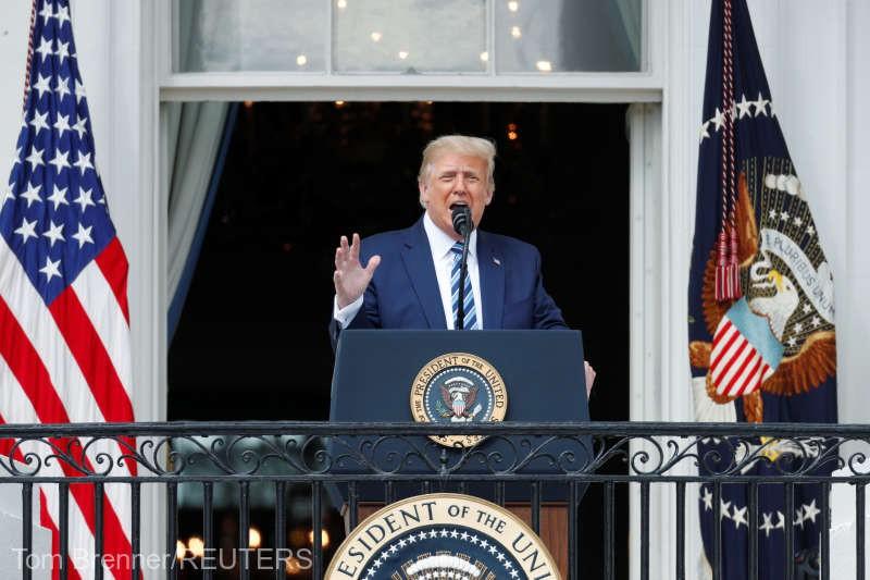 """Trump, în prima sa apariţie la un eveniment public după ce s-a îmbolnăvit de COVID-19: """"Mă simt grozav"""""""