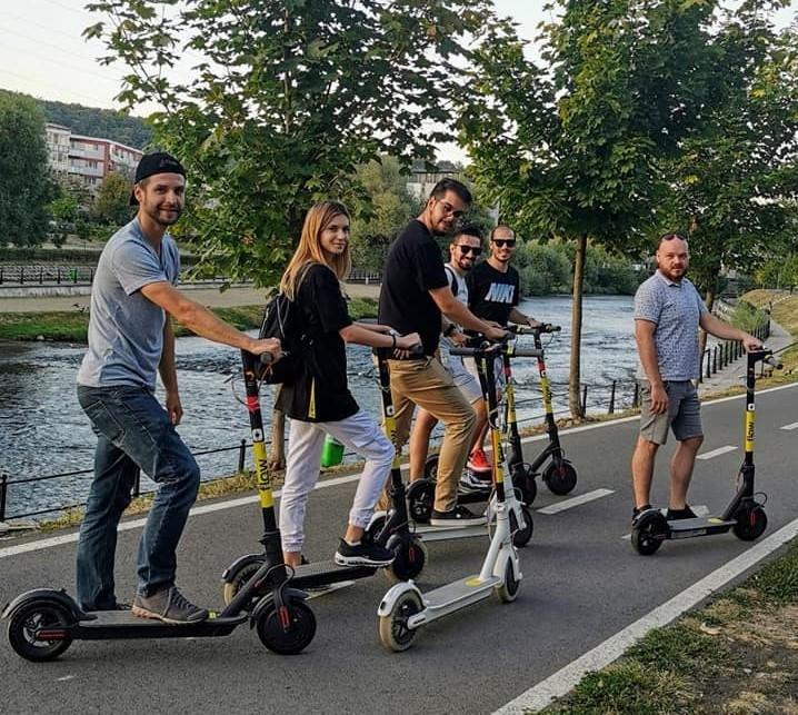 Interes mare pentru DEZBATEREA PUBLICĂ privind regulamentul pentru trotinete în Cluj. S-a modificat ORA