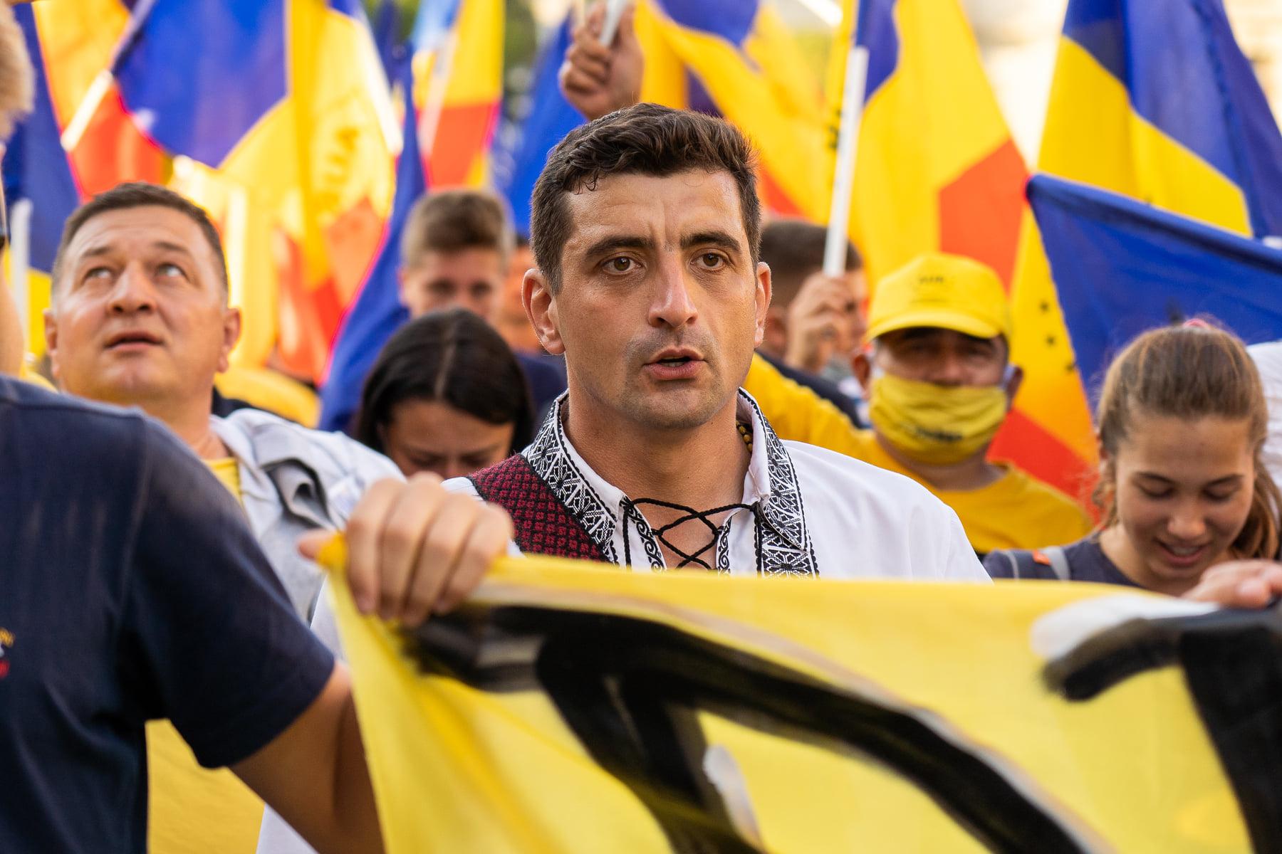 George Simion cheamă independenții să candideze pe listele AUR