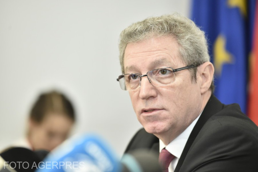 Adrian Streinu-Cercel ar putea candida pe lista PSD la parlamentare