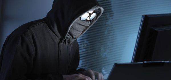 """Școala la distanță, bucuria hackerilor! Elevii și profesorii din Capitală, ALERTAȚI  de inspectorat să-și schimbe """"urgent"""" parolele, după o """"imixtiune"""" în platformele de învățare"""