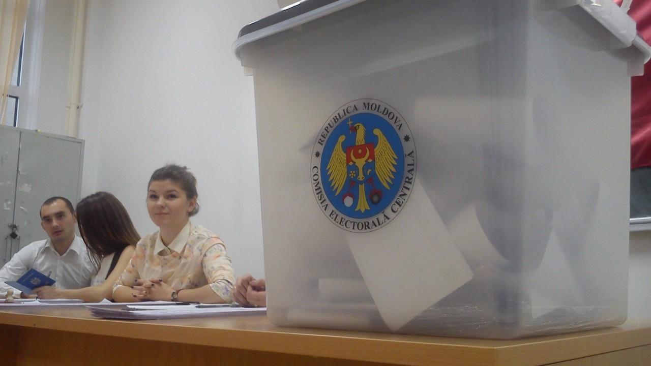 Observatorii şi jurnaliştii străini vor putea intra în Republica Moldova chiar dacă vin din zone roşii