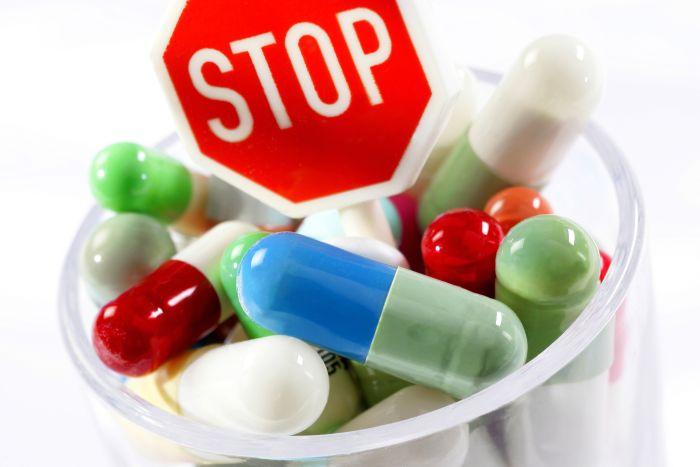 """Prof. dr. Alexandru Rafila, președintele Societății Române de Microbiologie:""""Nu insistaţi la farmacie să obţineţi antibiotice!Pot avea efecte nedorite"""" – Jurnalul de Ilfov"""