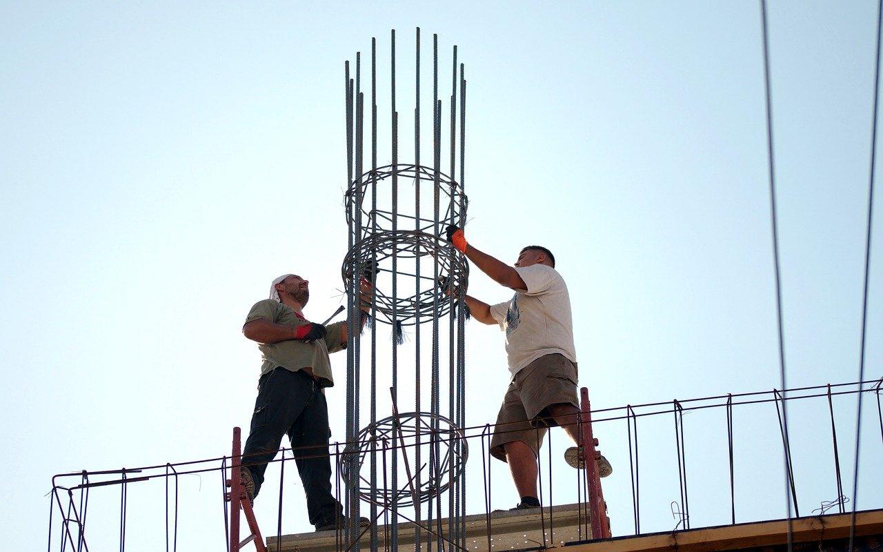 Constructorii si agentii imobiliari pot primi granturi din fonduri europene