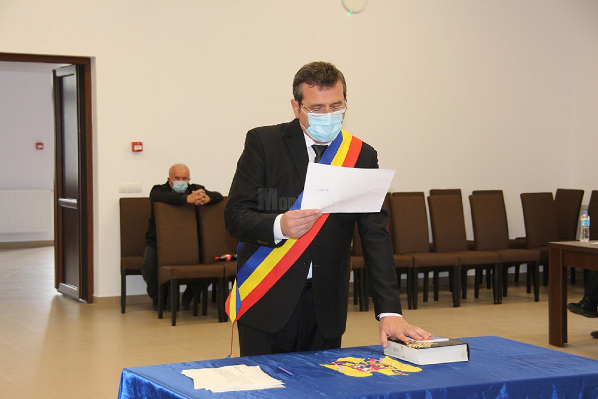 Liberalul Mugurel Bocancea a preluat oficial conducerea comunei Todiresti