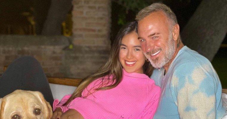 Fabulos! Cum și-a întâmpinat milionarul Gianluca Vacchi soția și fetița când au venit de la maternitate