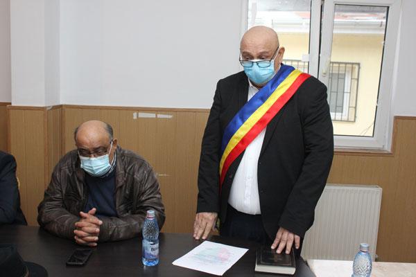 """Găneasa. Primarul Marin Tudor și-a preluat mandatul: """"Rog Consiliul Local să ne acorde sprijinul pentru binele cetățenilor!"""" – Jurnalul de Ilfov"""