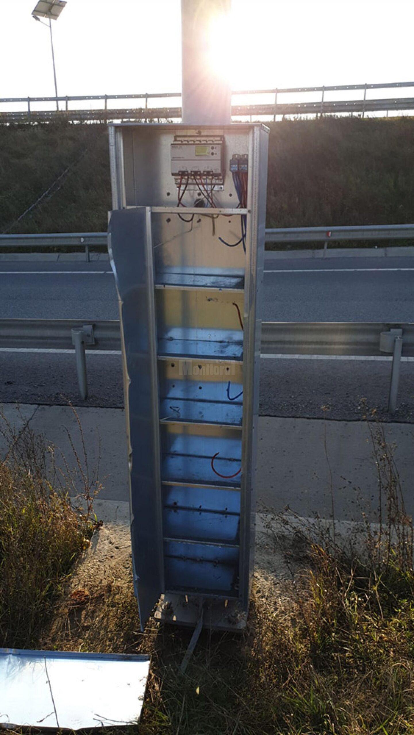 Acumulatorii furati de la soseaua de centura ar fi trebuit sa fie ingropati conform proiectului tehnic al lucrarii