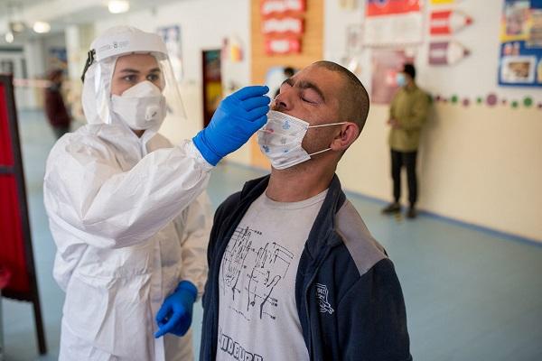 """Coronavirus: Slovacia testează întreaga populație. """"Avem literalmente o armă atomică împotriva Covid-19"""""""