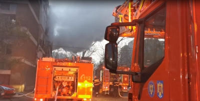 VIDEO: Apartament în flăcări, la Galaţi. Două persoane au murit – Monitorul de Galati – Ziar print si online