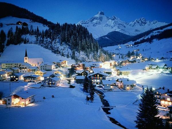 Vești bune pentru pasionații de schi din vestul țării. Austria se opune închiderii pârtiilor de schi în perioada vacanțelor de sfârșit de an