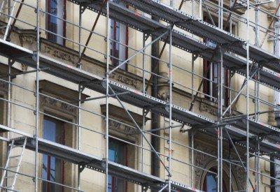 Practicile de renovare a cladirilor vor fi revizuite
