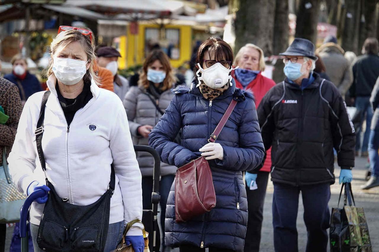 Purtarea măștilor de protecție reduce semnificativ răspândirea infecției cu SARS-CoV-2