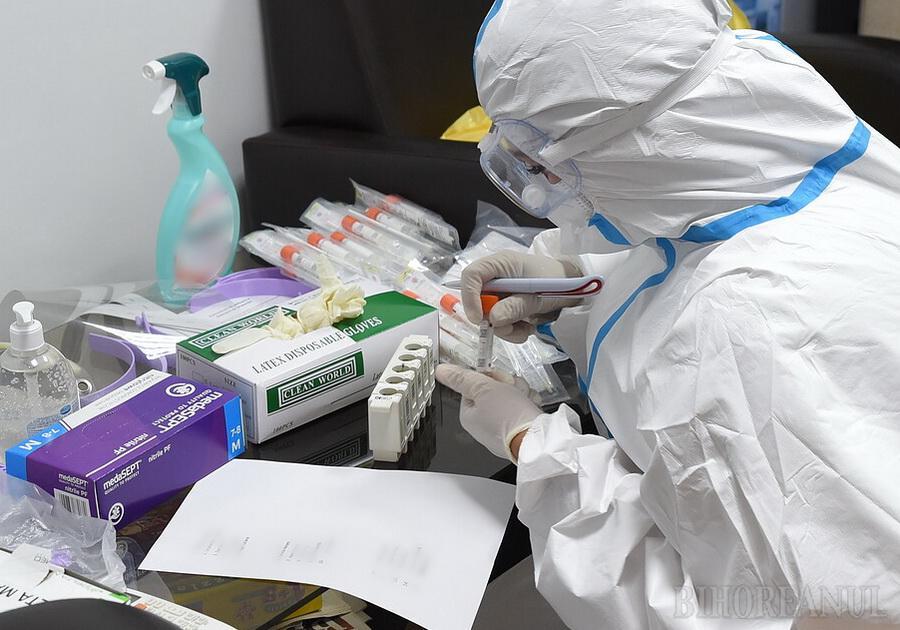 Aproape 300 noi cazuri de Covid în Bihor, mai multe decât vindecările, şi încă 10 decese