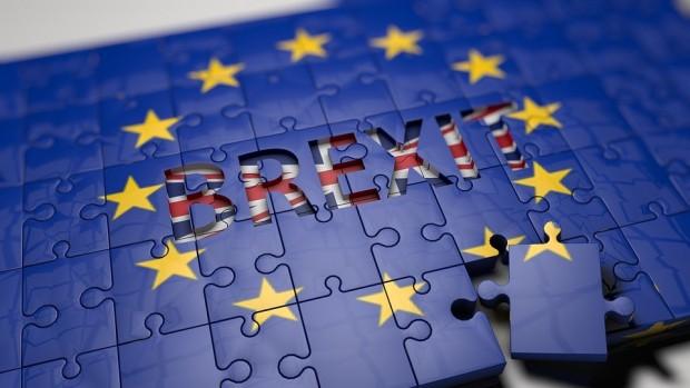 Brexit: Londra se declară pregătită să renunţe să mai pună sub semnul întrebării tratatul de ieşire din UE