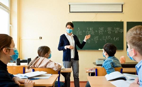 Covid-19 Germania. Restricţii înăsprite, şcolile şi activităţile economice neesenţiale – închise până pe 10 ianuarie