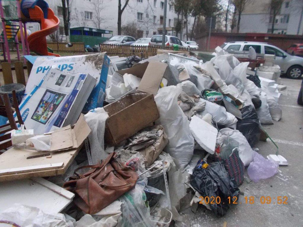 Amendă record pentru depozitarea deșeurilor pe domeniul public.