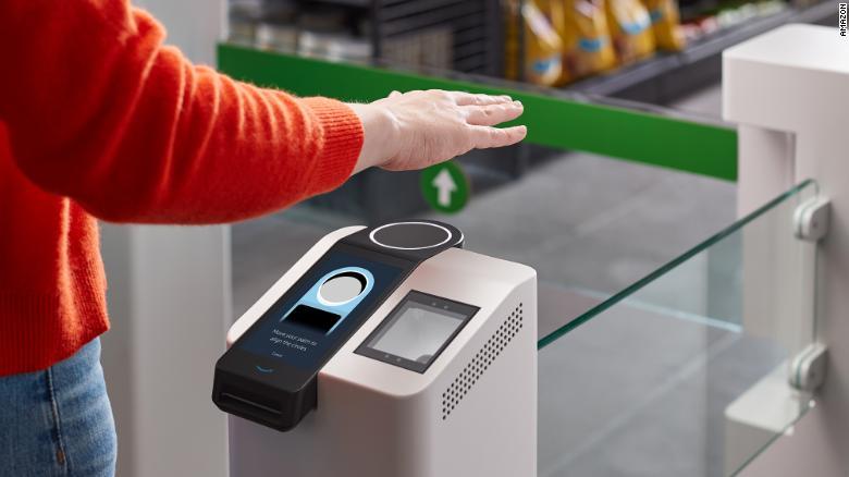 Inovativii Amazon doresc să introducă plata cu un gest de mână