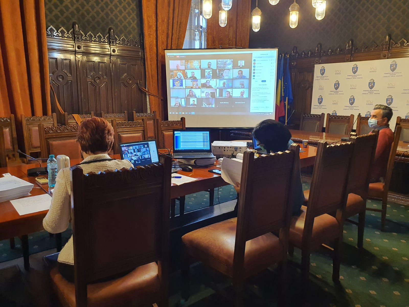 Impozitele și taxele din 2021 au încins spiritele în CL Craiova. Sprijin sau nu pentru sectorul HoReCa?
