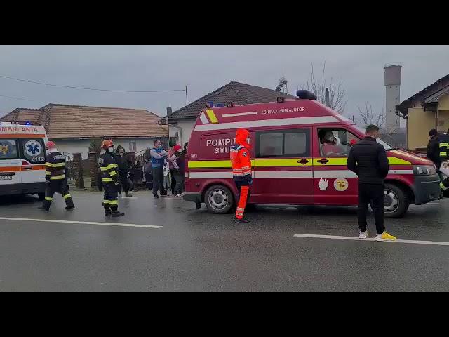 Gorj: Accident rutier cu cinci victime la Plopșoru produs de un șofer din Dolj (VIDEO)