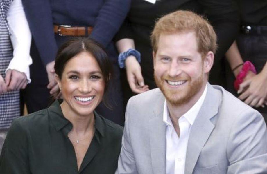 Sunday Times: Prinţul Harry şi soţia sa Meghan renunţă la social media