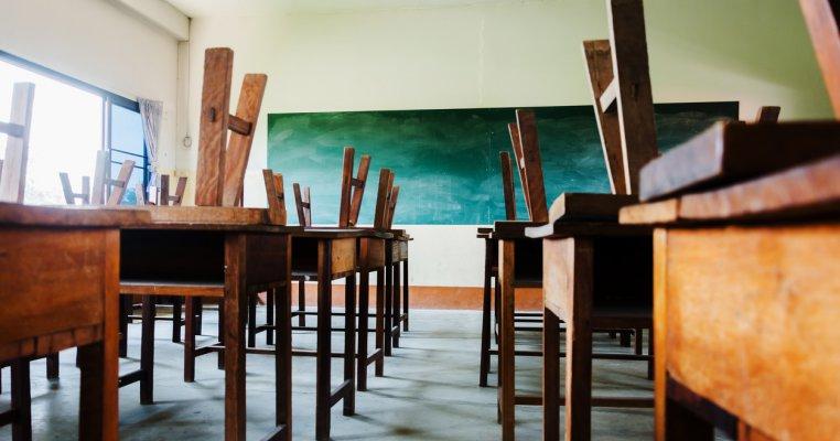 Studiu elvețian: Închiderea școlilor, cel mai eficient mod de a încetini pandemia