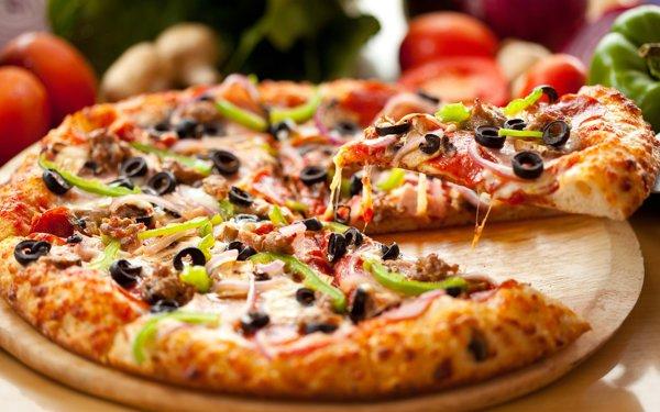 ZF Live. Cristian Sârbei, proprietar, Joy Pizza: După pragul de 50 de pizza pe zi îţi permiţi să faci calcule şi să angajezi oameni. În anul 2020, cifra de afaceri a Joy Pizza a fost 150.000 euro