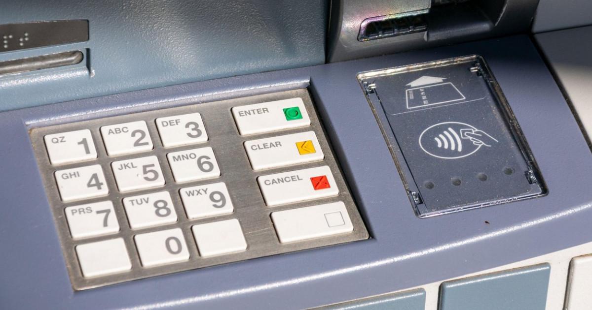 Poliţia olandeză a arestat o reţea de infractori care realiza tutoriale despre cum pot fi aruncate în aer bancomate