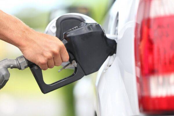 Benzina a atins cel mai ridicat preț din ultimii 7 ani, iar motorina maximul ultimilor 3 ani