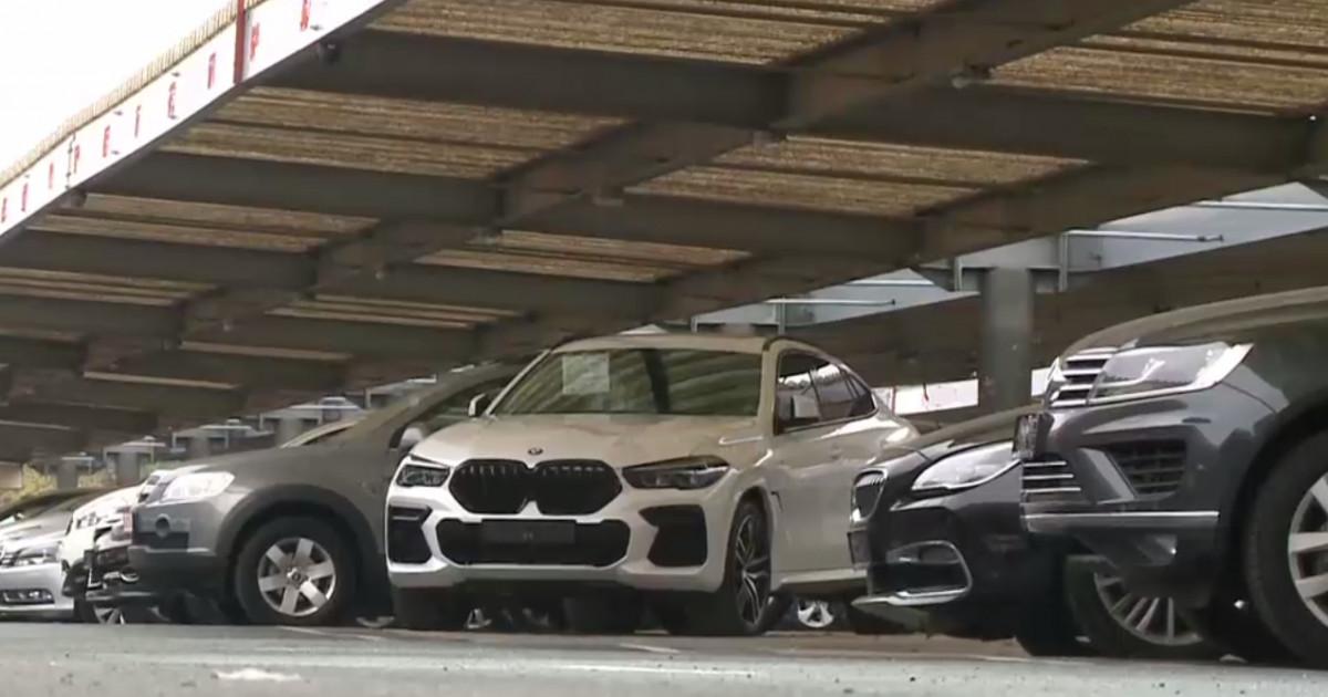 Mașinile second hand aduse din străinătate s-ar putea scumpi. Decizia luată de guvern
