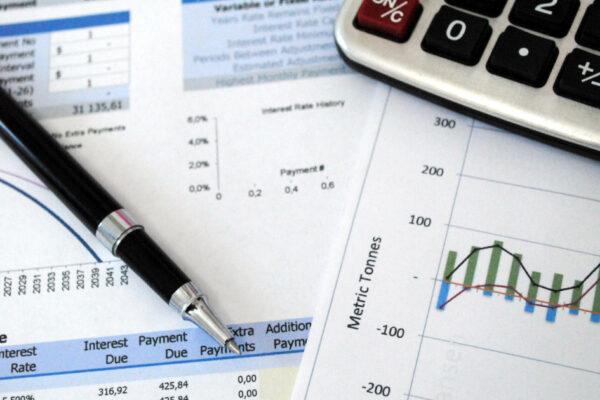 Virgil Popescu: Plafonarea prețului la energie va fi inclusă în proiectul PNL privind compensarea facturilor