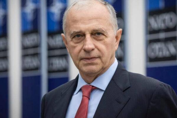 Mircea Geoană confirmă prelungirea mandatului său la NATO: Sunt onorat de decizia Secretarului General